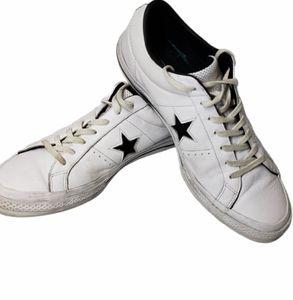 Converse Men's Leather Low Top Skate Shoe Sz 10.5